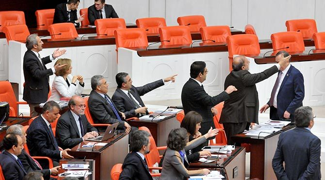 'Çocuk İstismarı' için komisyona AKP 'hayır' dedi