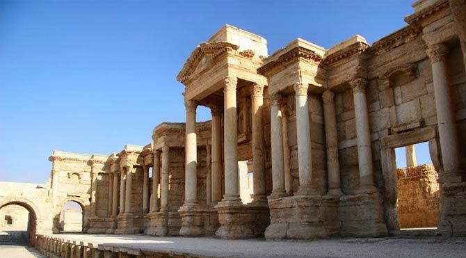 Suriye Ordusu Palmira Antik Kenti'nde