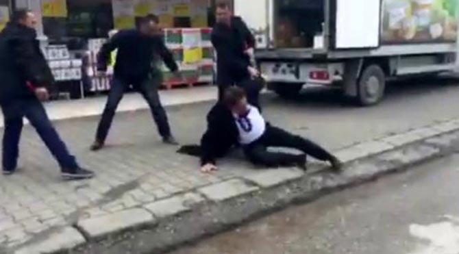 CHP İl Başkanı'nı sokak ortasında dövdüler