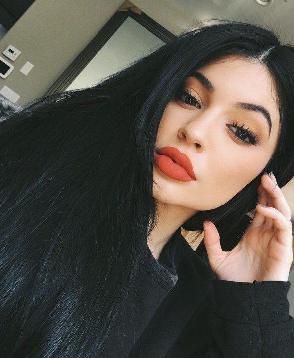 T-Rex Kylie Jenner