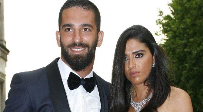 Arda Turan'ın sevgilisi Aslıhan Doğan sosyal medya hesabını kapattı
