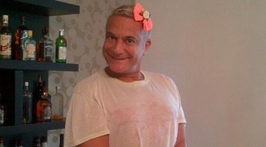 Mehmet Ali Erbil 'çiçek açtı'