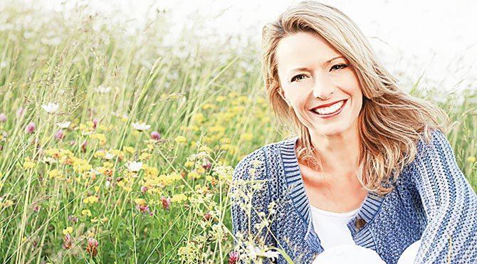 Cildiniz menopoz döneminde de ışıldasın!