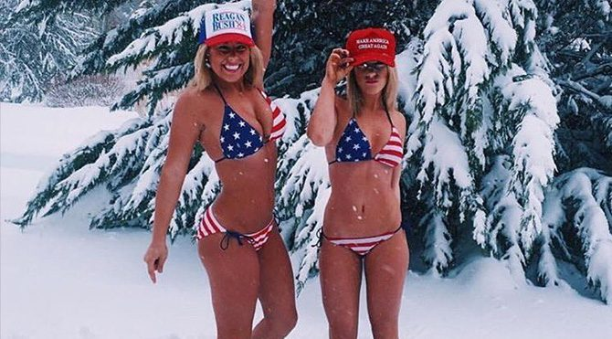 Donald Trump'a bikinili destek