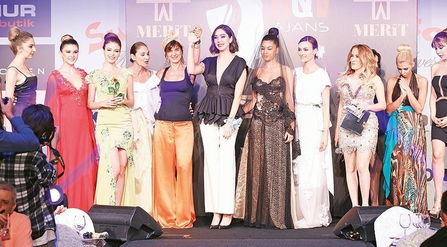 Etkinlikte hem Kıbrıslı hem Türk modacıların tasarımları sergilendi.