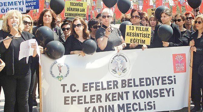Siyah balonlu protesto