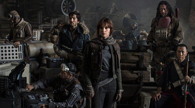 Ana karakter sabıka kaydı epey kabarık, ismi de Jyn Erso olan genç bir kadındır. Biraz ciddi ifadeli dişi Han Solo gibi... Kendisine ve başka karakterlerden oluşan bir ekibe bir görev verilir.