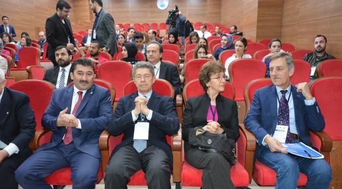 Merkel'in eşi Bursa'da kimyasal kongresine katıldı
