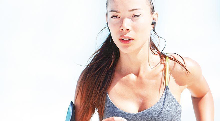 Normal sütyenle egzersiz, sarkma ve ağrıya yol açıyor