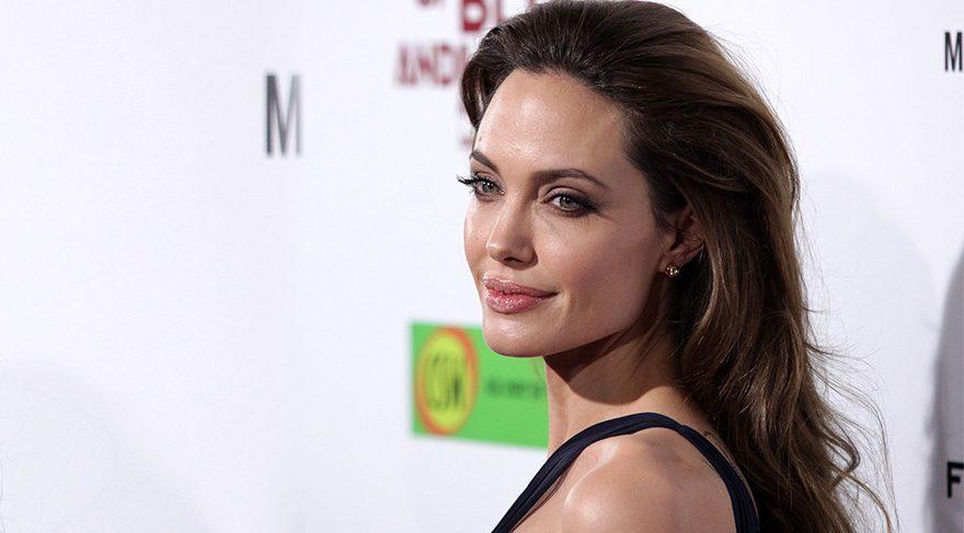 Angelina Jolie ölüyor mu?