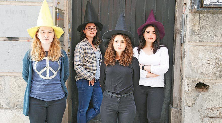 Kadınlar 2012'den beri bu cadılara emanet!