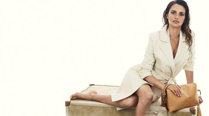 Çantalar Penelope Cruz'dan soruluyor