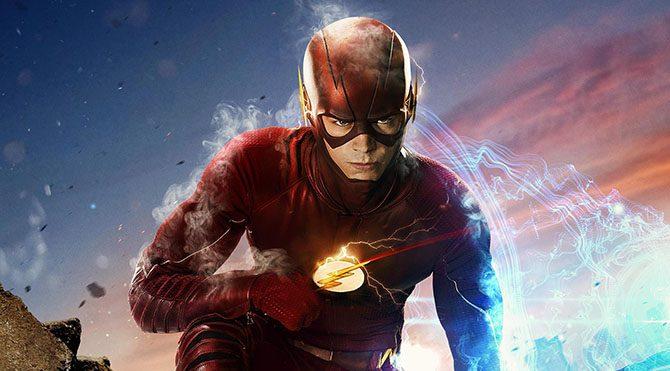 Talihsiz bir yıldırım kazası yaşamasının ardından süper hız gücüne sahip olan Barry, Flash kimliğine bürünür ve kötü adamları adalete teslim etmeyi kendine görev edinir.