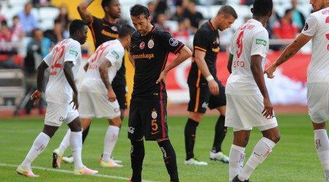 Antalyaspor Galatasaray maç özeti izle - Antalya 4-2 GS goller, önemli anlar (Lig TV)