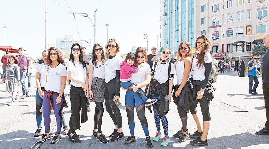Ünlü kadınların Nişantaşı'ndan Galatasaray'a yardım yürüyüşü