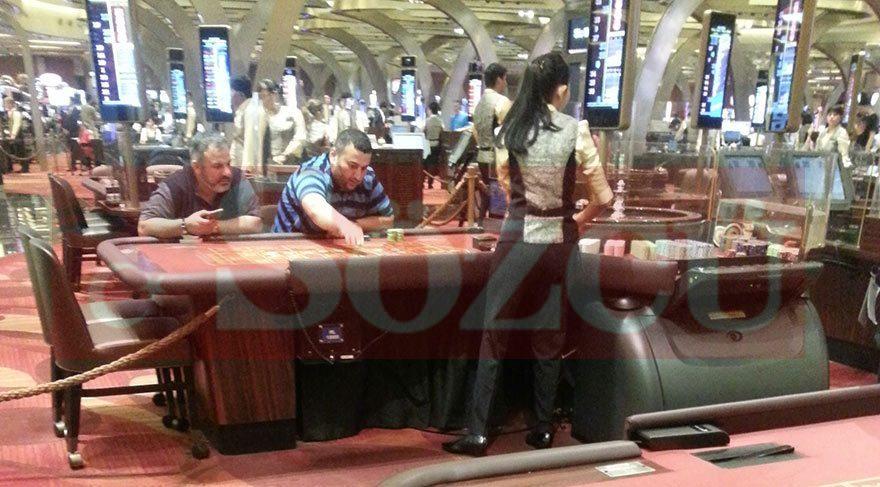 AKP'li bakanın oğlu kumar masasında