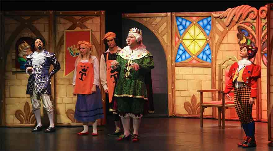Eti Çocuk Tiyatrosu 23 Nisan'da çocuklarla buluşuyor