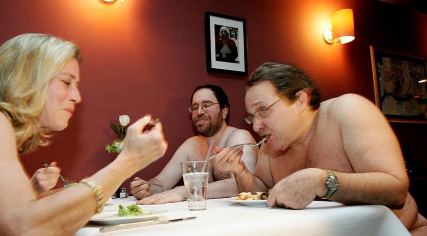 İngiltere'nin ilk çıplaklar restoranı açılıyor