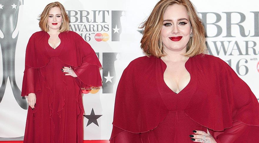Adele en zengin kadın