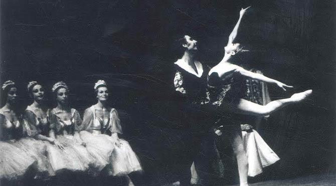 Atatürk insanların her fırsatta dans etmesini arzu ederdi…
