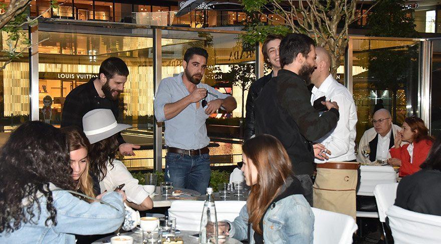 Kösem Sultan dizisinin ekibi yemek yedi