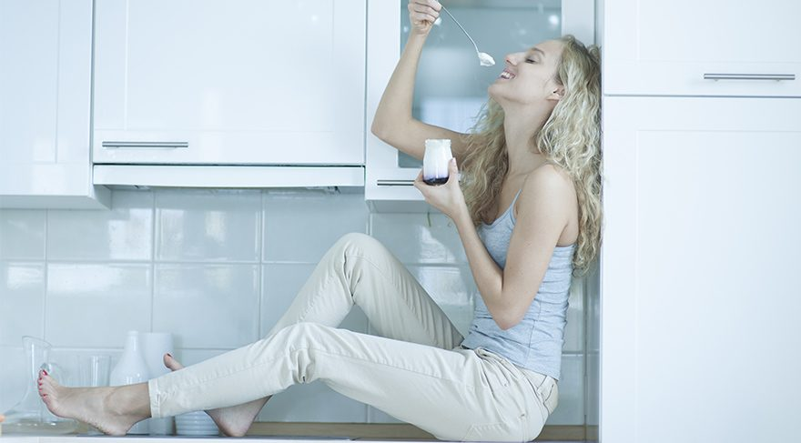Yaza göbeksiz girmenizi sağlayacak yoğurt kürü