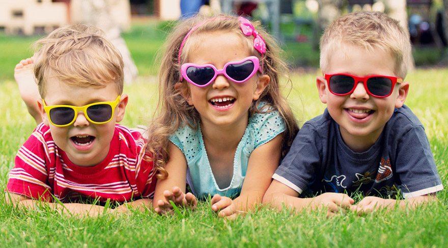 Güneş gözlüğü göz sağlığı için gerekli