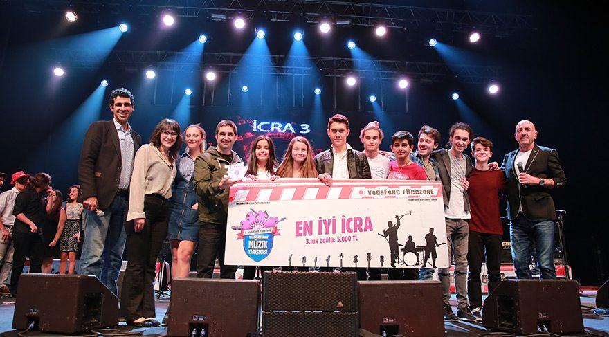 Liseli gençler müzik hayallerini gerçekleştirmek adına ter döktü