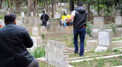 Feriköy Mezarlığı'nda molotof kokteyleri ele geçirildi