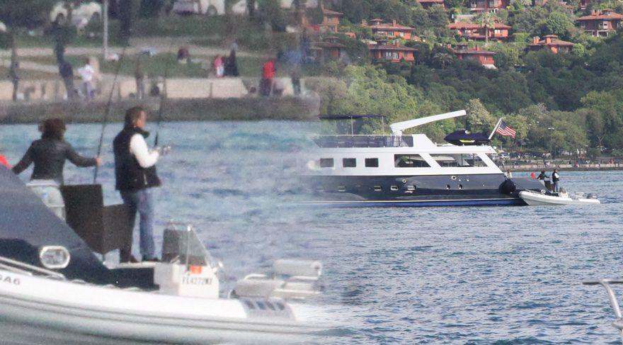 Ali Ağaoğlu lüks yatıyla Bebek'te balık avladı