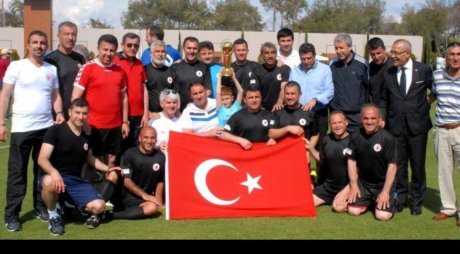 Parlamentolar Arası Futbol Turnuvası'nda şampiyon Türkiye