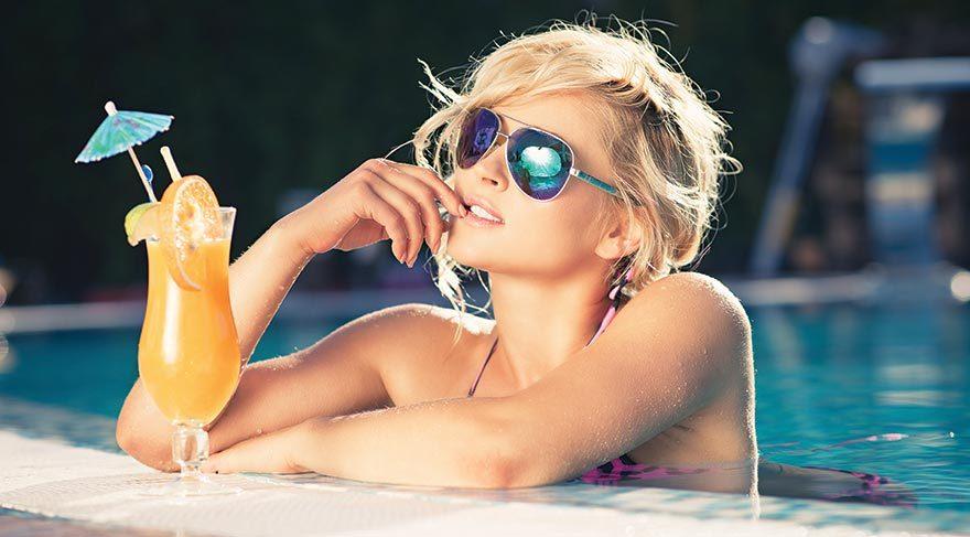 Sıcacık yaz günlerinde buz gibi içecekler