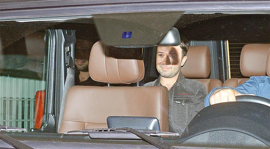 Arka koltukta saklandılar