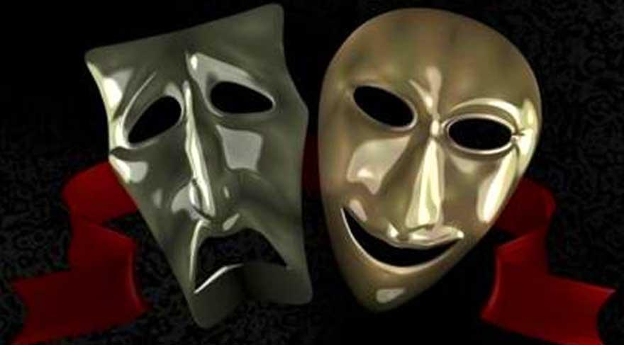 Kayaokay: Devlet Tiyatrosu'na çomak sokmak istiyorlar