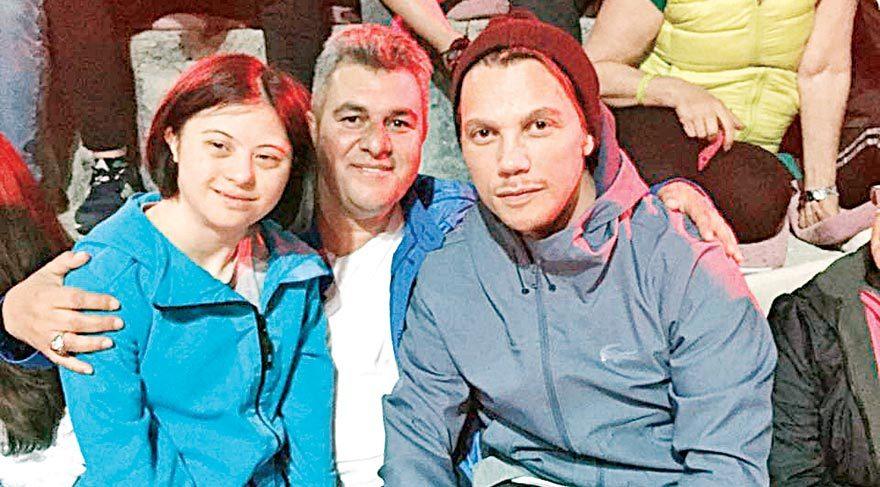 Özel sporcuları şampiyonada yalnız bırakmayan Sinan Akçıl, sporcuların ve ailelerinin keyifli zaman geçirmesine katkıda bulundu.