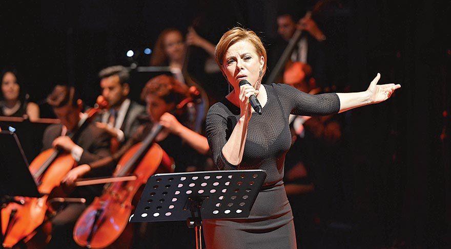 Senfoni orkestrasıyla yardım konseri