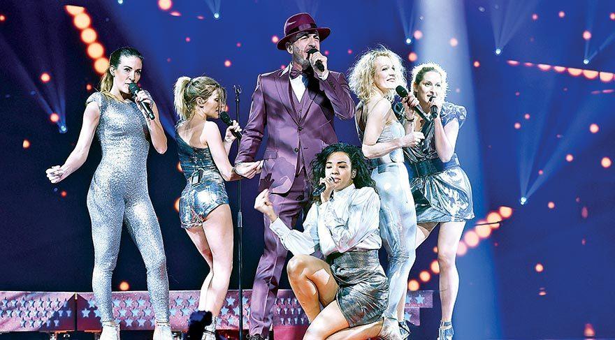 Serhat Eurovision sahnesinde