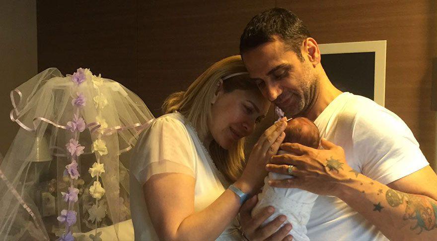 Doğuş bebekleriyle fotoğrafını paylaştı