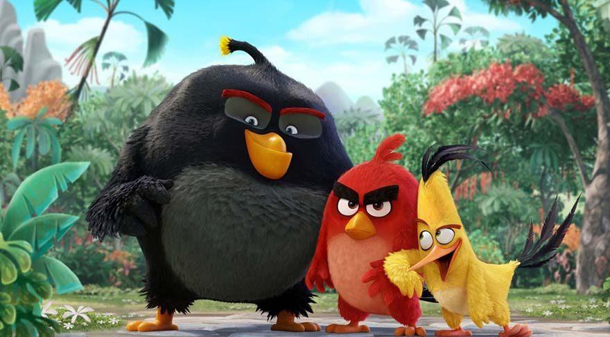 uçamayan kuşların huzur içinde yaşadığı güzel bir adada huzuru olmayan belki de tek kuş, öfke problemini bir türlü yenememiş olan Red'dir.