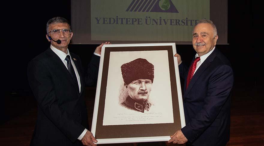 Aziz Sancar: En büyük görevimiz Atatürk'ü tanıtmak