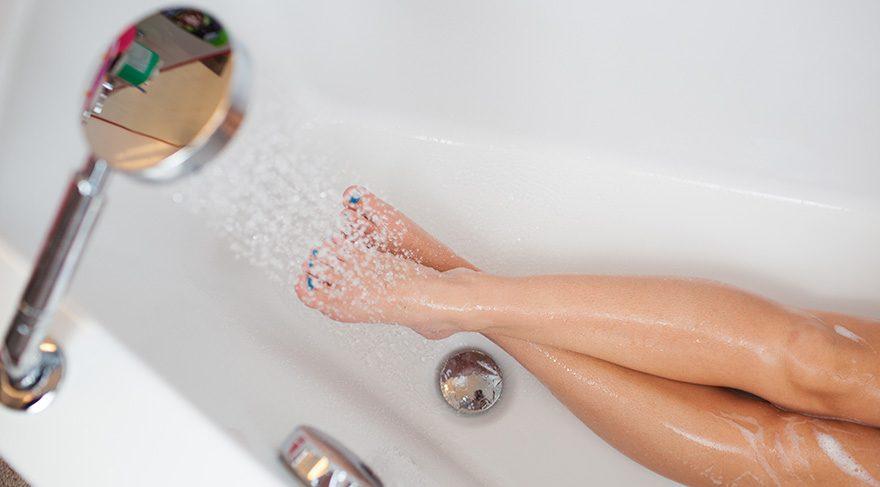 Duştan sonra soğuk su rahatlatır
