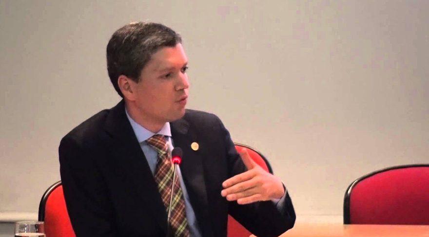 Brezilya'da bir bakan daha istifa etti