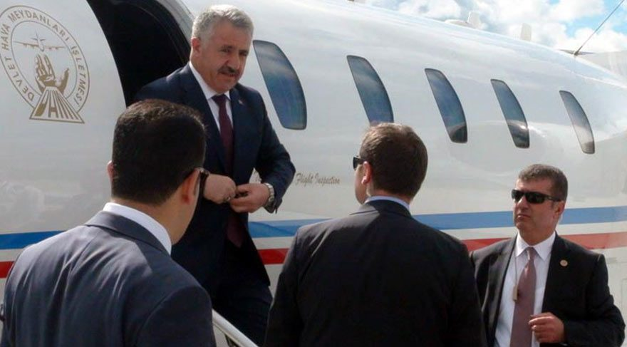 Foto: DHA Bakan Arslan, Kars'a özel uçakla geldi