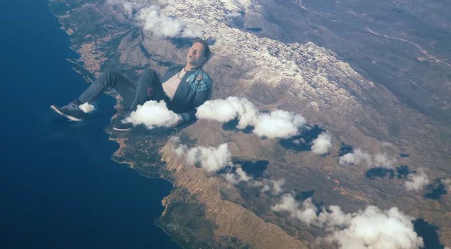 Coldplay'in yeni klibi rekor kırıyor!