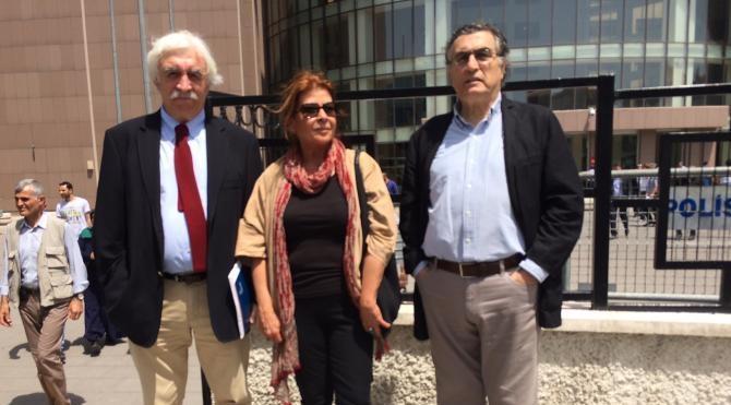 Cengiz Çandar Cumhurbaşkanı'na hakaret davasında ifade verdi