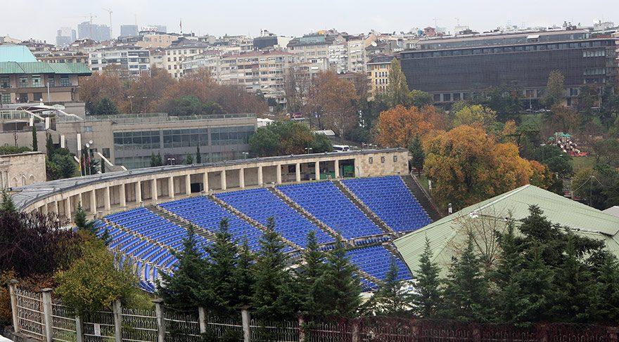 Cemil Topuzlu Açıkhava Tiyatrosu yıkılıyor mu?