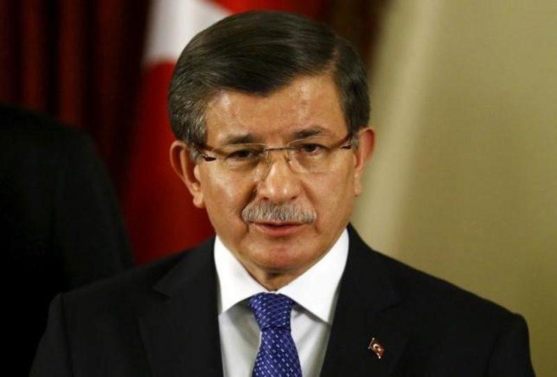 FOTO:Reuters- Yaklaşık bir buçuk yıldır Başbakanlık görevinde bulunan Davutoğlu'nun kaderi bugünkü toplantıda belli olacak.