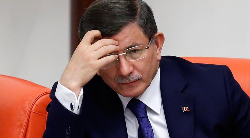 Türkiyənin baş naziri Əhməd Davudoğludan gözlənilən gərar