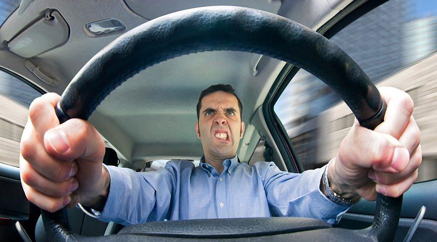 Trafik çene kemiğini yıpratıyor