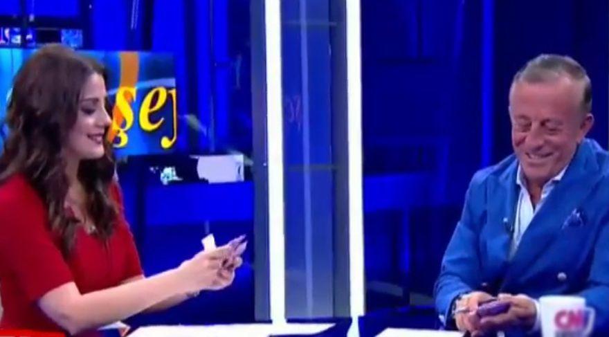 Ekin Olcayto programdan kovulma sebebinin Ali Ağaoğlu programı olduğunu söyledi